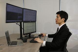 cara-mudah-belajar-forex-computer-office-commercial-laptop