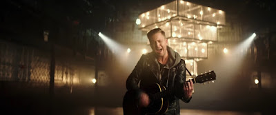 "OneRepublic Premiere ""Let''s Hurt Tonight"" Video"
