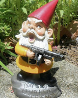 lawn gnome machine gun kelly green shamrock star