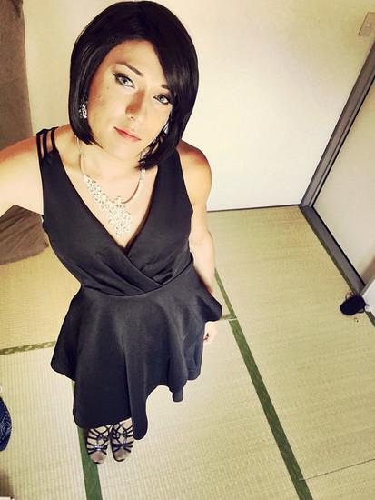 Crossdresser in a selfie