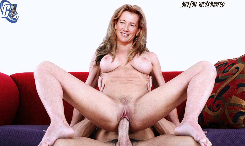 2 chicas espanolas masturbandose en vivo - 3 10