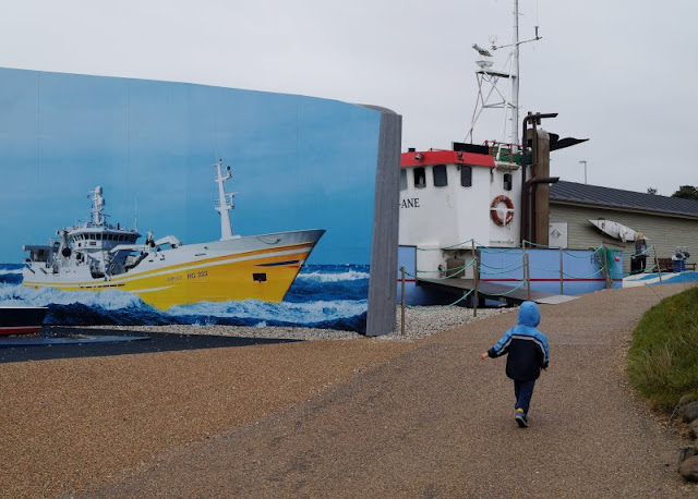 Das Nordsee-Ozeanarium in Hirtshals: Ein tolles Ausflugsziel für Familien in Nord-Jütland. Dort gibt es ein tolles Außengelände mit einem maritimen Outdoor-Spielplatz.