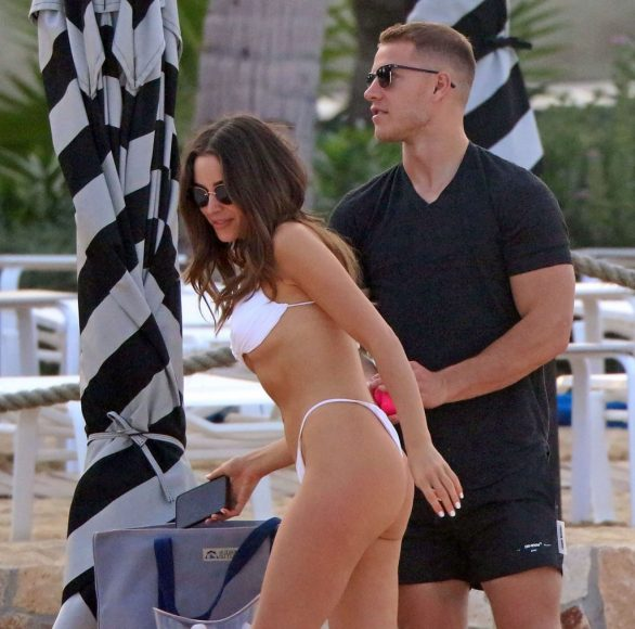 Olivia Culpo Hot Bikini Photos