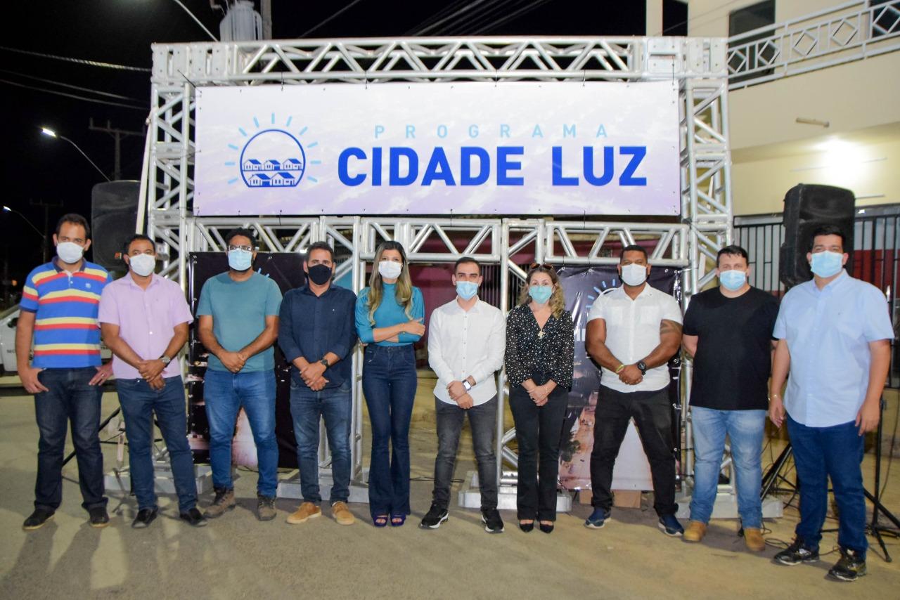 Conquista é o primeiro bairro a ser contemplado com o 'Programa Cidade Luz, em Luís Eduardo Magalhães