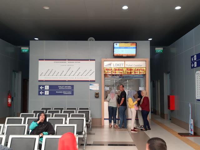 Pengalaman Naik LRT di Palembang