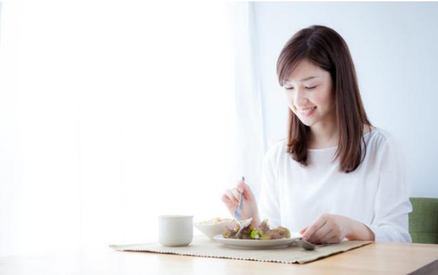 Ketahuilah jumlah kalori dalam diet Anda untuk berhasil menurunkan berat badan