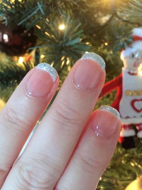 Three Easy Christmas Nail Looks