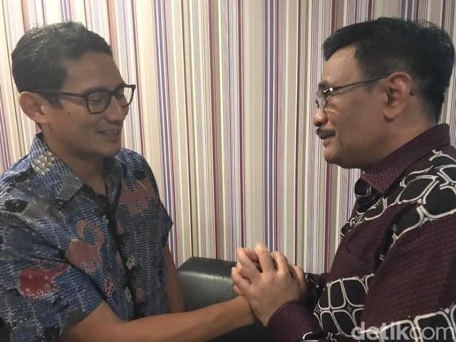 Sandiaga Timses Anak dan Mantu Jokowi: Apakah Lagi Cari Cara Masuk Kabinet?