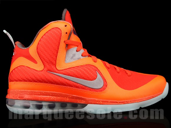2eb76304818 ... Nike LeBron 9 is telling a different story and taking cues from the  success of the Kobe VI Grinch X-mas and All-star colorways with solid  bright colors