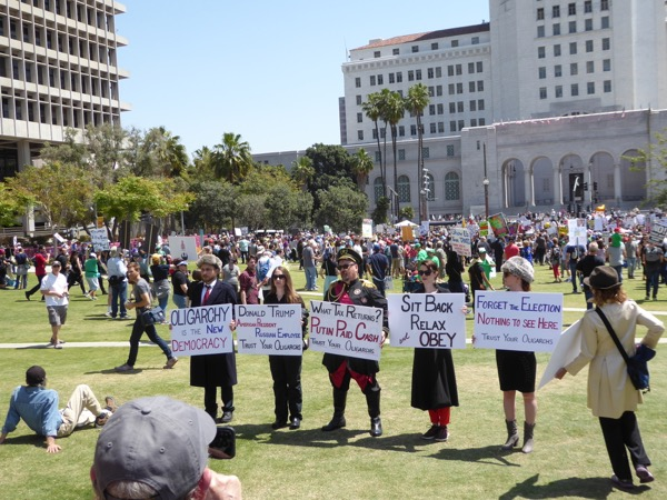 LA Faux Russian Tax March protestors