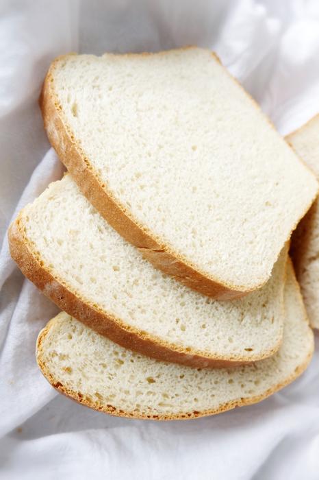 slices of buttermilk bread