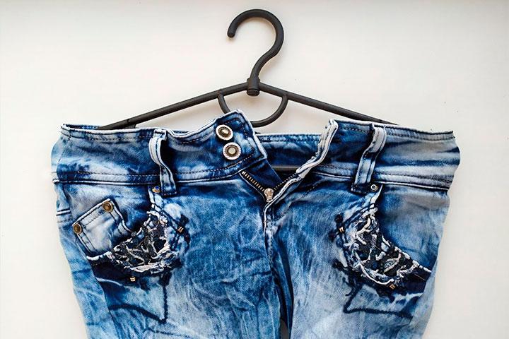 5 способов, как растянуть любимые джинсы, в которые вы уже не можете влезть