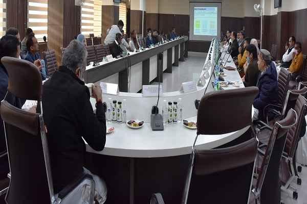 mp-minister-krishan-pal-gurjar-meeting-with-mcf-parsahd