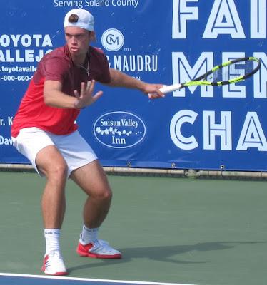 Rain postpones singles quarterfinals of 100K Fairfield
