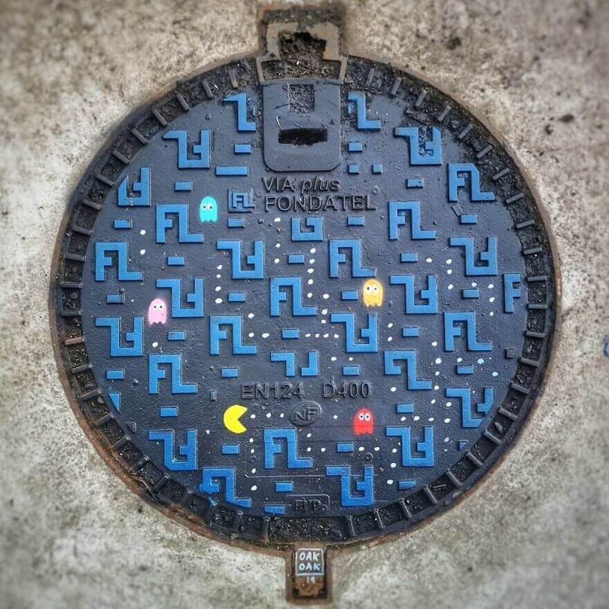 04-Pac-Man-Oakoak-www-designstack-co