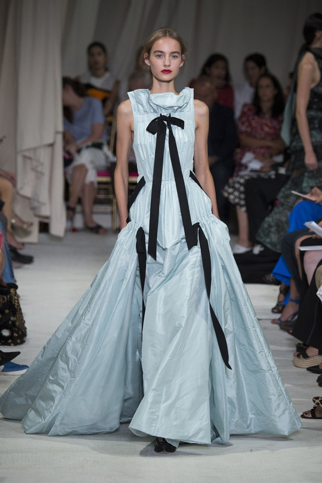 2016 SS Oscar de la Renta Serenity Blue Gown on Runway