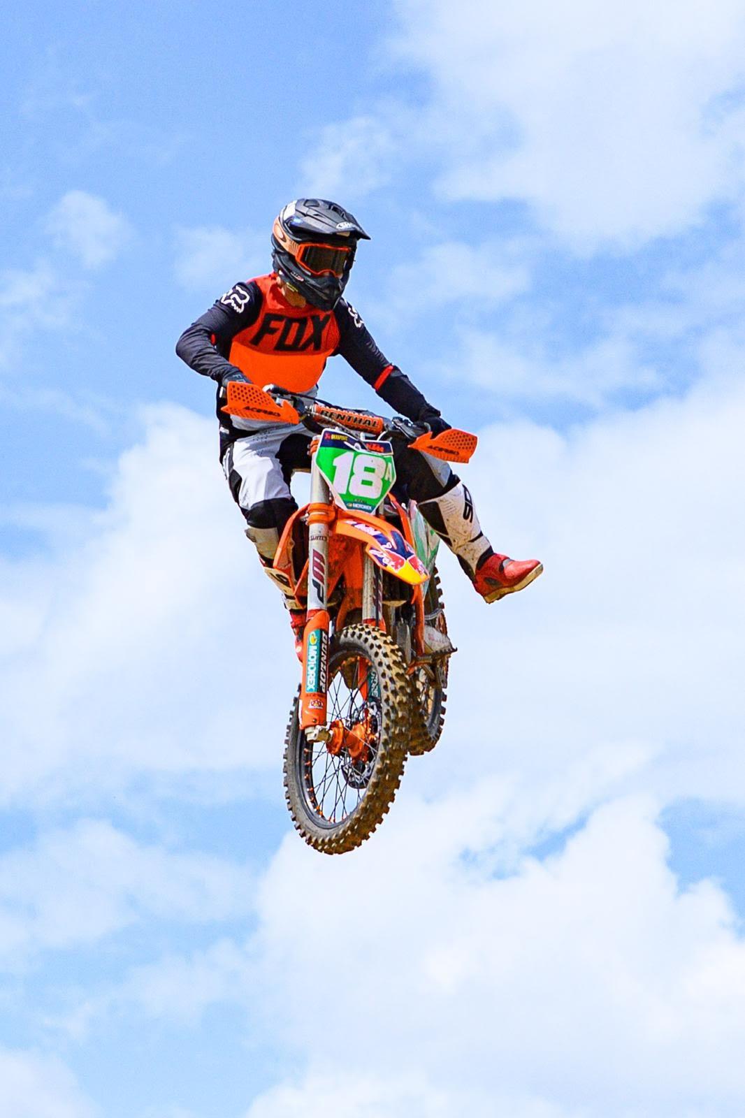 MOTOCICLISMO: Leo Gómez alcanza segundo lugar en el arranque en el Florida Trial Riders de hare scrambles