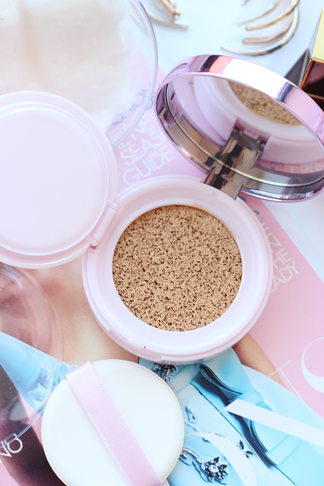 L'Oréal Nude Magique Cushion in 01 Porcelain