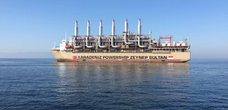Los países de África Occidental buscan buques de energía mientras el virus paraliza los proyectos en tierra