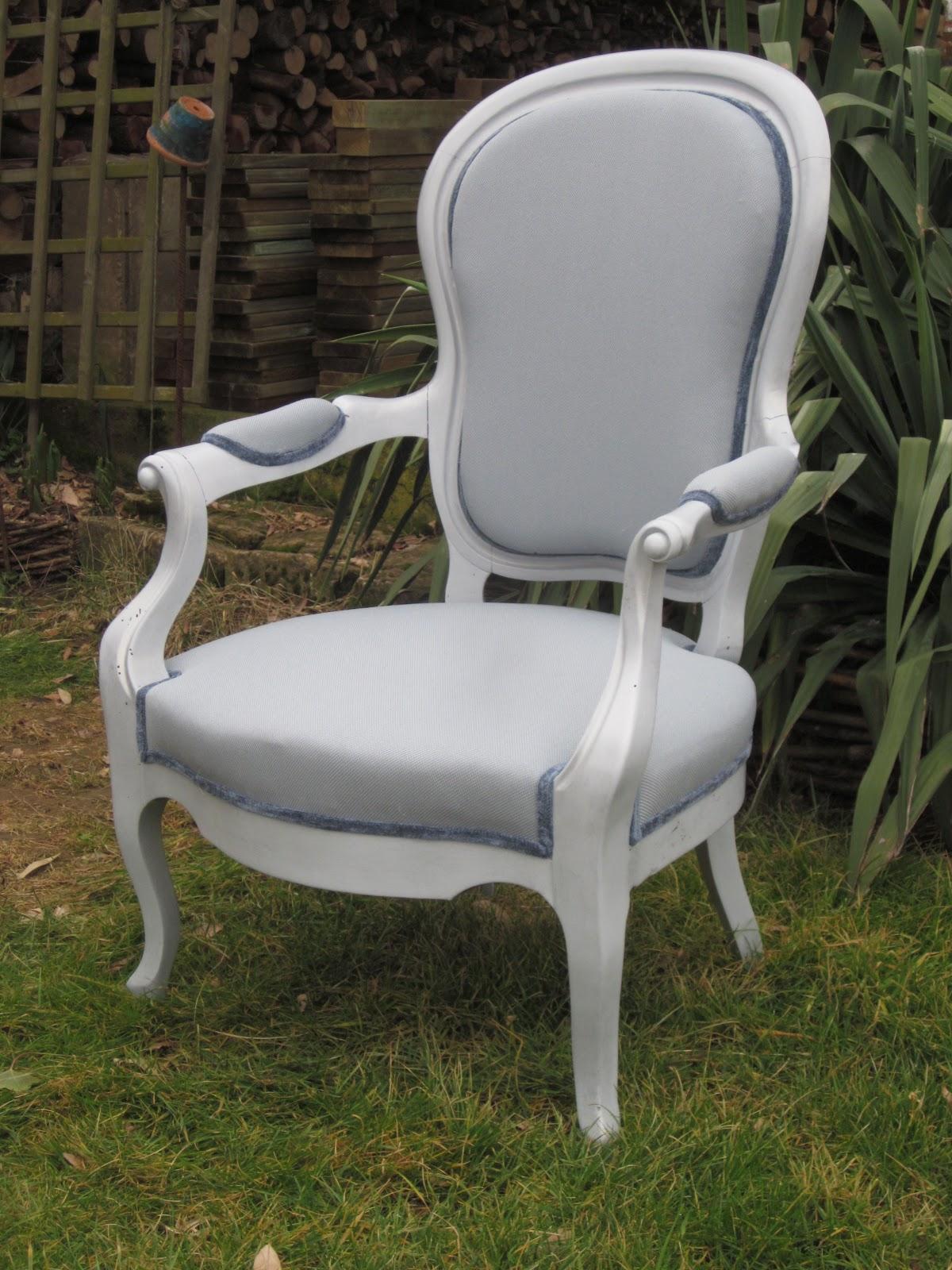 r fection de si ges fauteuil louis xv refait en mousse. Black Bedroom Furniture Sets. Home Design Ideas