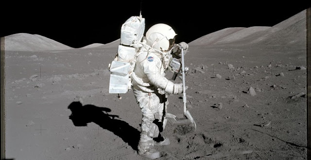 Apollo 17 astronaut and geologist Harrison Schmitt in 1972 collecting samples of lunar soil that would later be used in this study. Credit: NASA