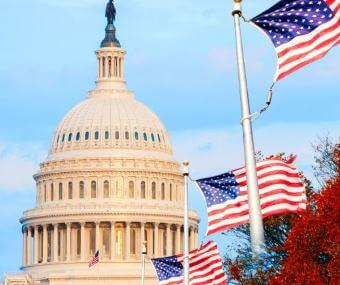 متى ولماذا تم نقل عاصمة الولايات المتحدة إلى واشنطن العاصمة؟