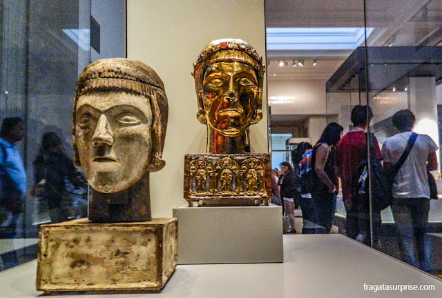 Máscaras etruscas no Museu Britânico de Londres