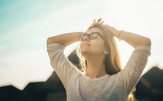 तनाब (Stress) से बचना हे, तो अपनाइए इन 8 टिप्स।