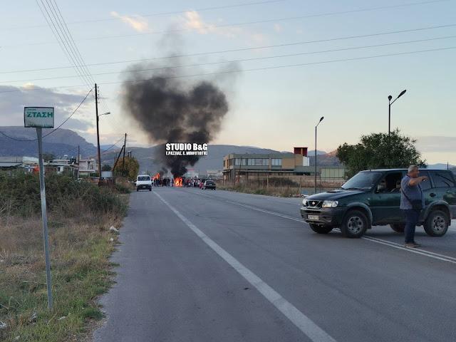 Αργολίδα: Ρομά απέκλεισαν δρόμο και άναψαν φωτιές για τον θάνατο του 18χρονου στη Μεσσήνη
