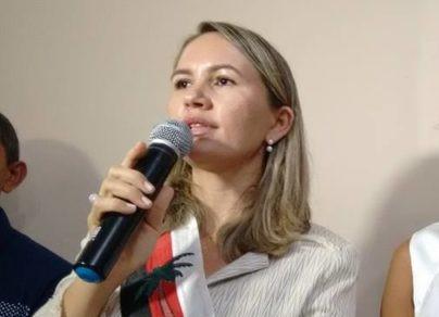 A FORÇA DA MULHER - Josa Silva após reeleita fortalece um novo clã em São João do Sóter