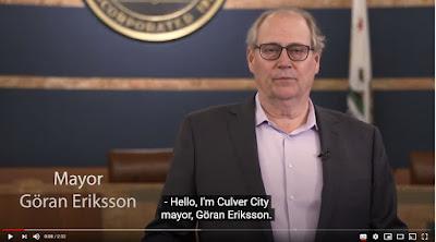 Göran Eriksson i tal till Cuver Citys invånare. Skärmbild från Culver Citys You Tube-kanal.