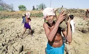 भारत सरकार ने बुजुर्गों के लिए एक हेल्पलाइन नंबर 8046110007 शुरू किया !