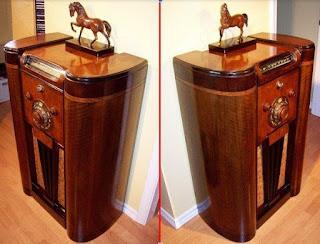 "Rogers 12-126 ""Teledial"" model with Hespeler made cabinet"