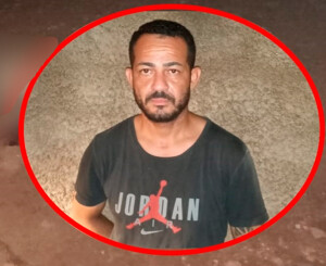 Homem é morto na porta de casa em Rolim de Moura