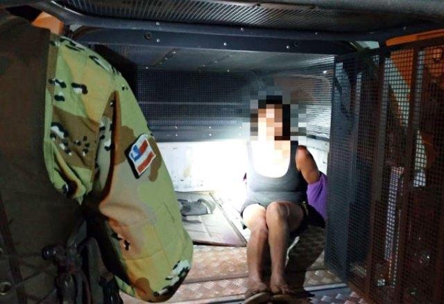 Mulher que registrou em vídeo abuso sexual a menor de idade é presa em Conquista