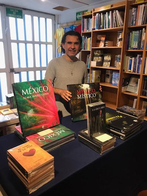 Con mis libros El curso de la vida, México Alma Majestuosa,  La Gran Obra, México Alma Natural y La Profecía de los Jaguares.