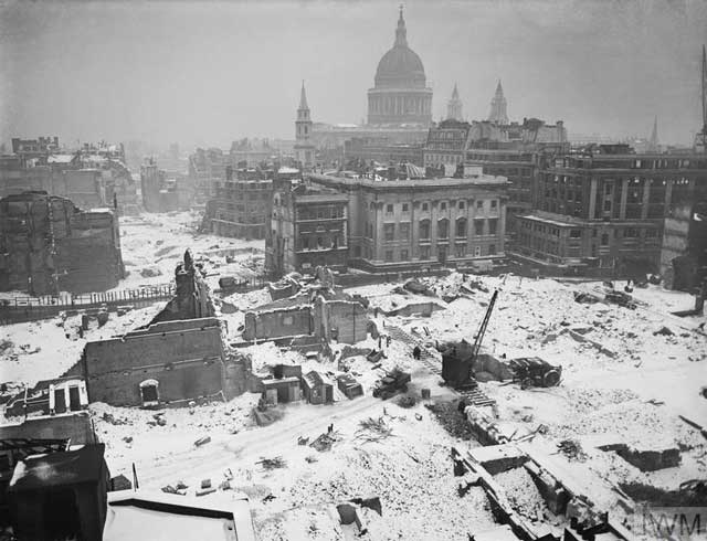 London bomb damages, January 1942 worldwartwo.filminspector.com