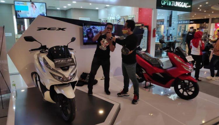 Astra Motor Kalbar Adakan Honda Premium Matic Day