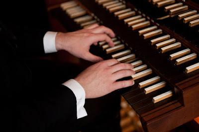 органов концерт в католическата катедрала