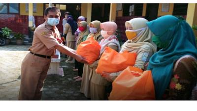 Guru PNS Iuran Beli Sembako Buat GTT, PTT Hingga Penjaga Sekolah