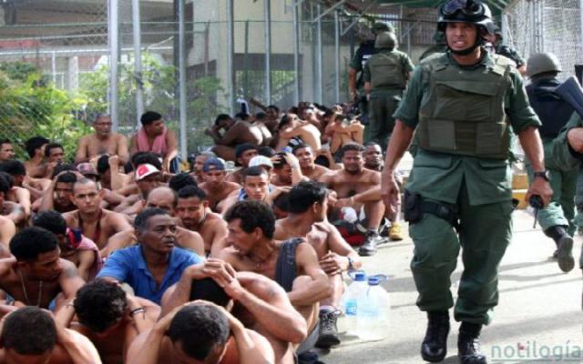 Más de mil presos amanecieron sin comida en El Rodeo II