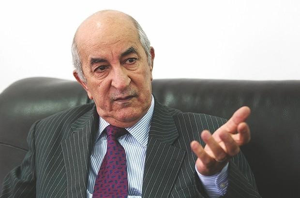 بعد أيام من تعيينه وزير جزائري يرفض التنازل عن جنسيته الفرنسية مقابل البقاء في منصبه الحكومي!!