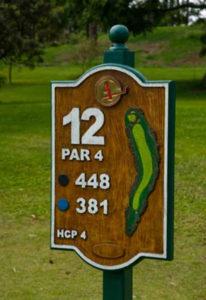 buracos no golfe