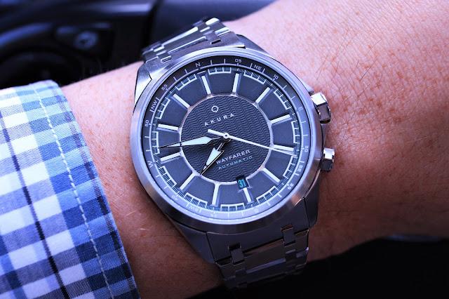Akura Wayfarer wrist