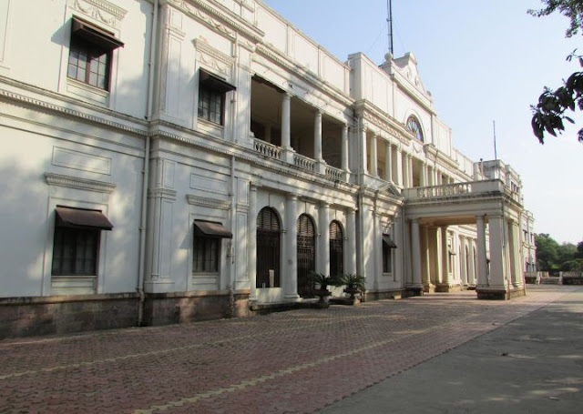 Indore Attraction : Lalbagh Palace Indore