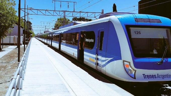Tras un largo conflicto y el reclamo de los vecinos, el tren ya para en Pereyra