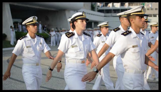Concurso da Marinha tem vagas para TI com salário de até R$ 9 mil.