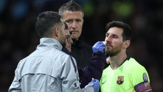 Pemain MU Smalling Berhasil Membuat Messi Mati Kutu Di Old Trafford 2019