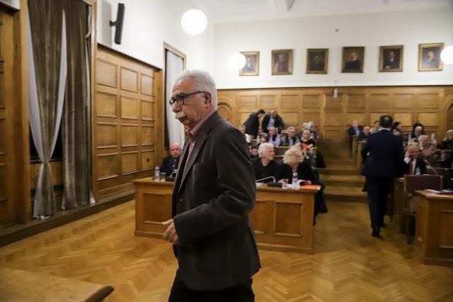 Ο Γαβρόγλου μοίρασε άδειες σε «ημέτερους» δύο ημέρες πριν τις εκλογές