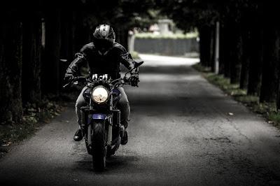 Aksesoris Saat Mengendarai Sepeda Motor